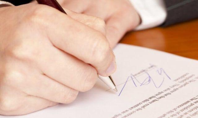 Từ 20/4/2020, chỉ 4 trường hợp được chứng thực chữ ký trên giấy ủy quyền
