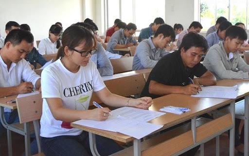 Hà Nội hoãn thi tuyển viên chức ngành giáo dục vì dịch Covid-19