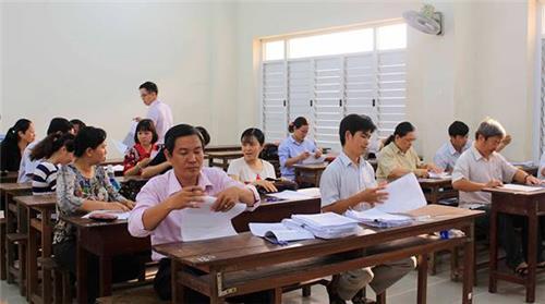 Thêm điều kiện xét chuyển công chức xã thành công chức huyện