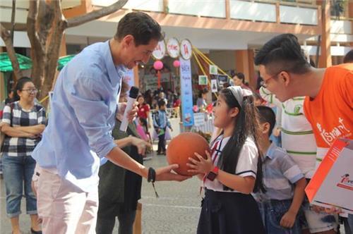 TP.HCM: Trường học ngưng tiếp nhận đoàn khách nước ngoài