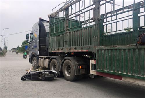 Án lệ số 30/2020/AL về hành vi cố ý điều khiển phương tiện giao thông chèn lên bị hại sau khi gây tai nạn