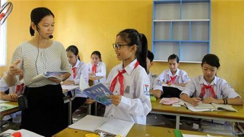 Giáo viên nâng chuẩn được hưởng nguyên lương, phụ cấp