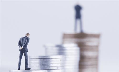 Khi nào cán bộ, công chức, viên chức bị chậm tăng lương?
