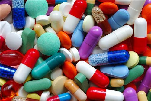 Chỉ được nhập khẩu thuốc qua cửa khẩu quốc tế