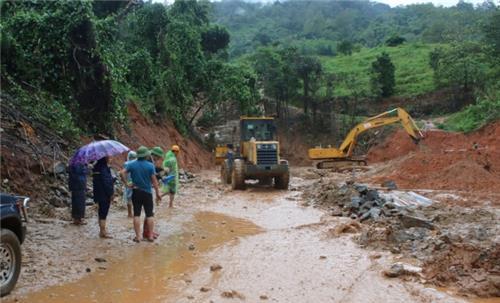 Người dân bị thiệt hại do mưa lũ lớn có thể được hoãn, xóa nợ